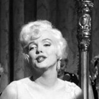 マリリン・モンローが魅せるセクシーに歩く秘密の裏ワザ
