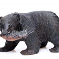 北海道の「木彫りの熊」はスイス発祥