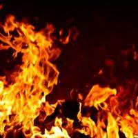 建築中に火災が起きたら誰がお金を支払うの?