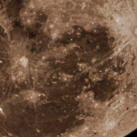 月のクレーターに付けられた日本人名